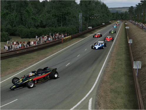 Antonio leads the pack at Arnage on the first lap